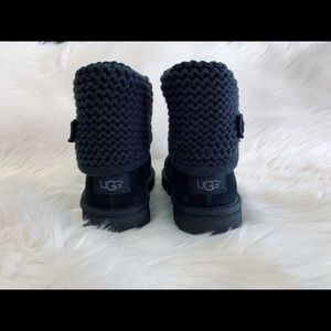 Ugg boot youth's size 3